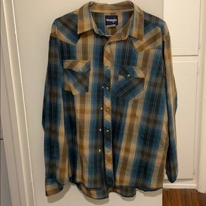 Men's Wrangler pearl snap button down shirt XXL